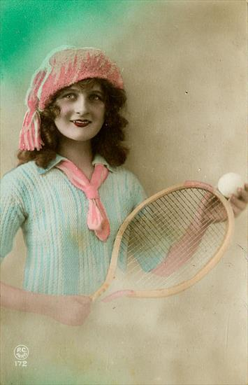 POSTCARD WOMEN TENNIS